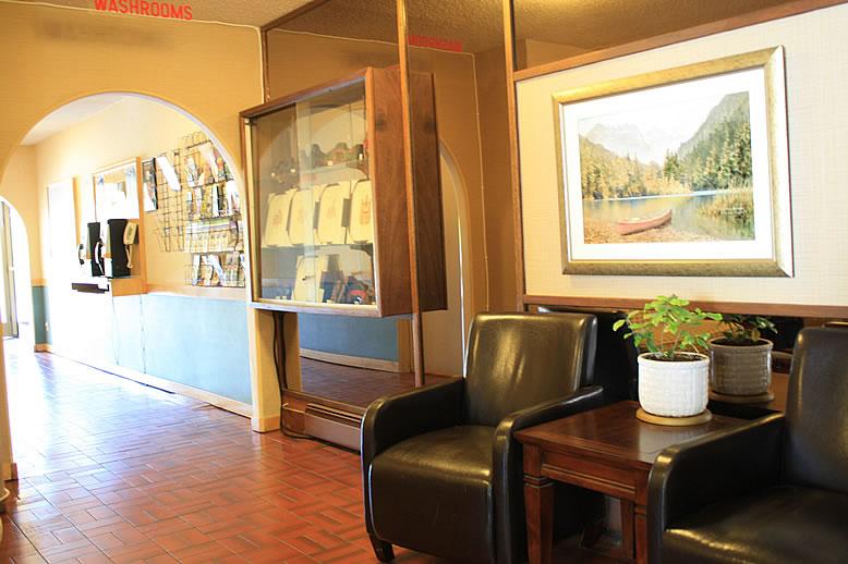 lobby20140714_3551.jpg
